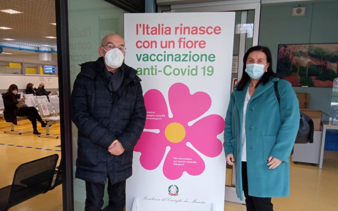 Vaccinazioni anticovid, a Parma si supera quota 6000